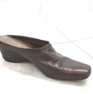 Liz Claiborne mule slip on  leather brown size 8M